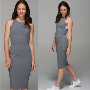 Lululemon picnic play dress size 6
